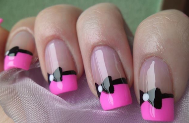 http://www.lush-fab-glam.com/2017/06/pretty-in-pink-spring-and-summer-nails.html