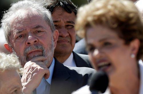 Após impeachment, PT não sabe o que fazer com Dilma