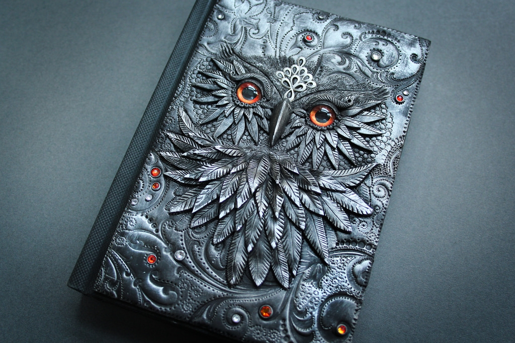 15-Owl-Aniko-Kolesnikova-Polymer-Clay-Book-Diary-and-Electronics-Cover-www-designstack-co