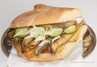 Sandwich cu peste si cartofi prajiti retete culinare,