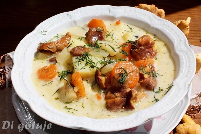 Zupa z kurek (kurkowa) z ziemniakami i koperkiem