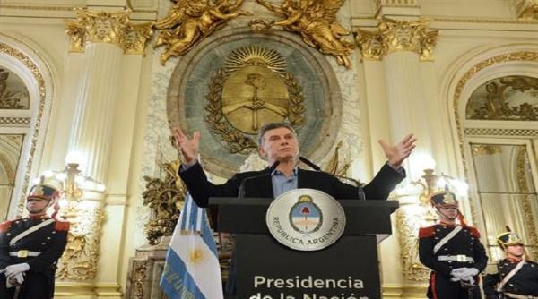 Denuncian a Mauricio Macri por decreto de blanqueo de activos