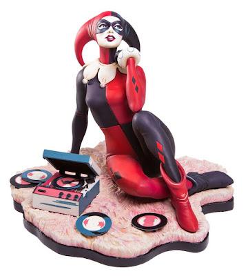 "Mondo Exclusive Harley Quinn ""Waiting for My J Man"" Statue by Matt Taylor x Mondo x DC Comics"