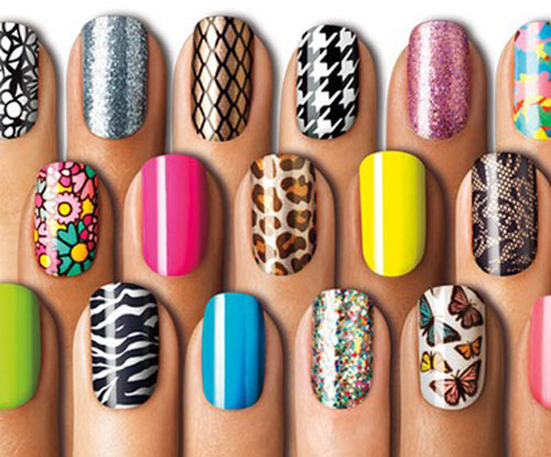 Three nail styles of 2Ne1's Minzy