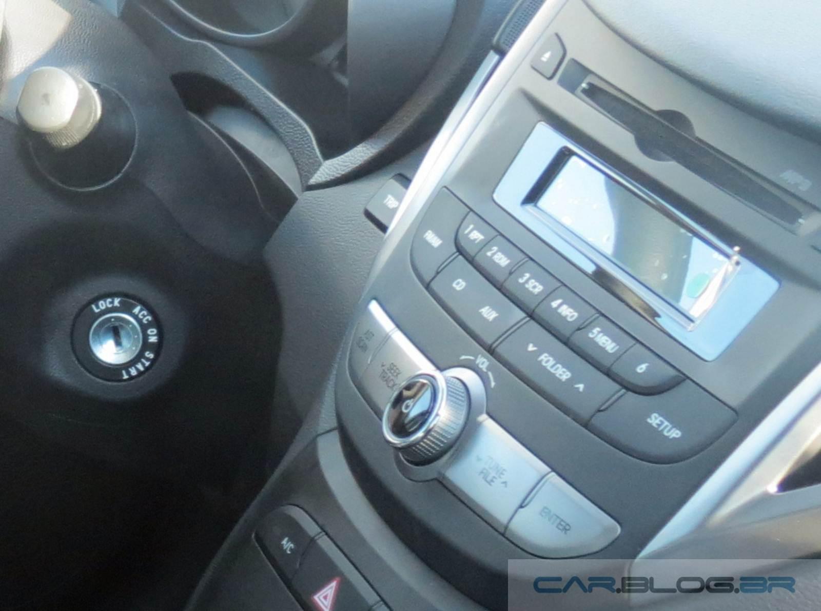 9738ff728d0f9 Hyundai HB20 2015 - sistema de som