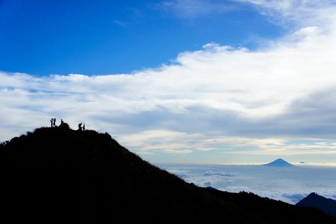 Tentang Paket Pendakian Gunung Rinjani