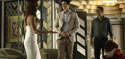 Amadeu (Marcos Palmeira) também chegará com flores para fazer o pedido de casamento