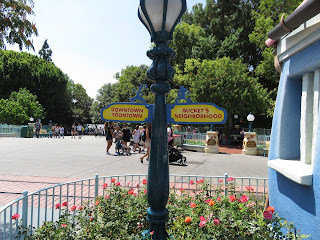 Disneyland Toontown Roadsign