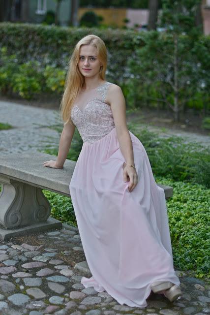sukienka bal maturalny