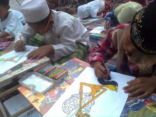 Kegiatan menggambar wayang kulit; Sarana menanamkan kesadaran dan kebanggaan budaya Indonesia