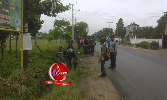 SMK Karya Wiyata Punggur Terapkan Jumat Bersih