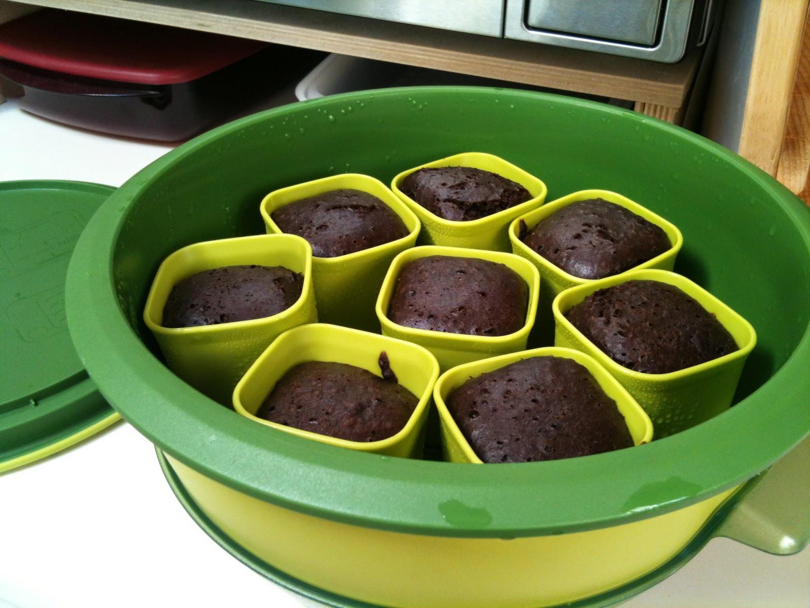 Tupperware Talk Chocolate Kiss Cake