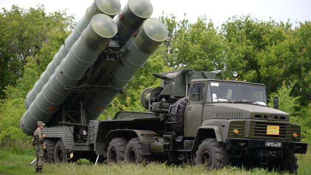 Hệ thống S-300 của Nga