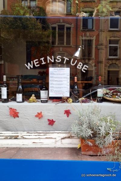 Schaufenster Weinstube Vin Fou in Karlsruhe