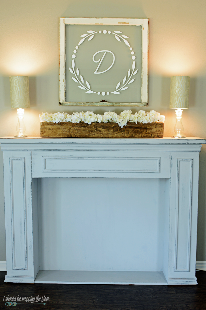 Simple Summer Mantel Decor with a touch of Farmhouse