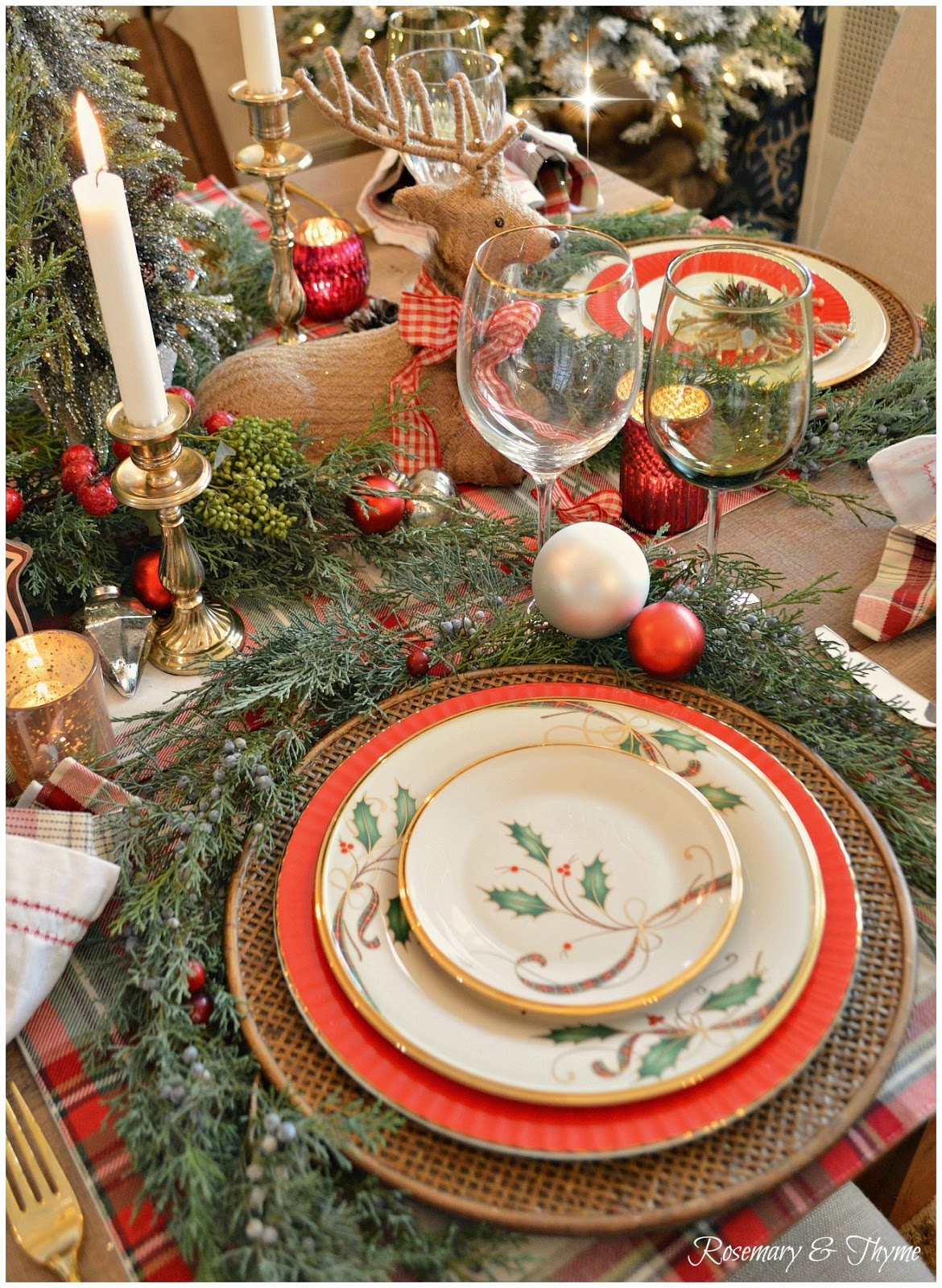 Christmas tablescape blog hop woodland christmas - Interesting tables capes for christmas providing cozy gathering space ...