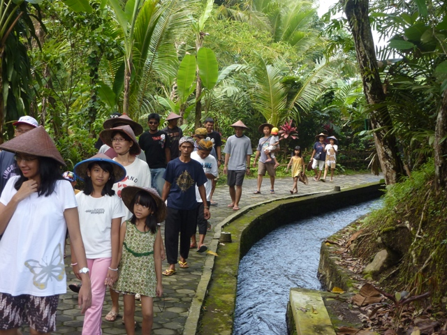 Jalur wisata Desa Kembang Arum