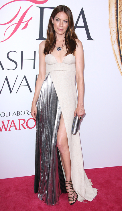 http://www.lush-fab-glam.com/2016/06/cfda-2016-red-carpet-style.html