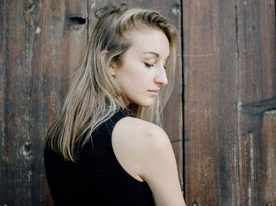 """Paola Bennet's elegant folk tones on """"Lydia's Boy"""""""