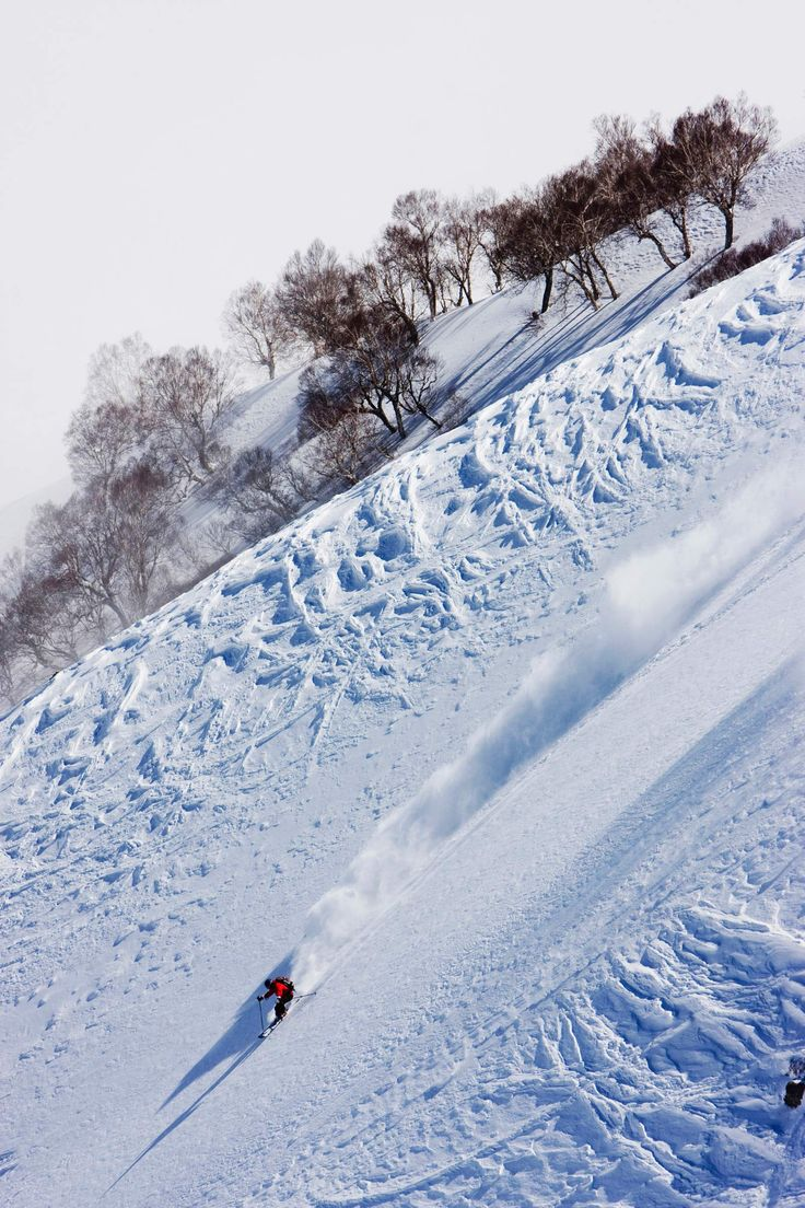 Five Places to See Snowfall in this Winter | Skiing in Gulmarg, India