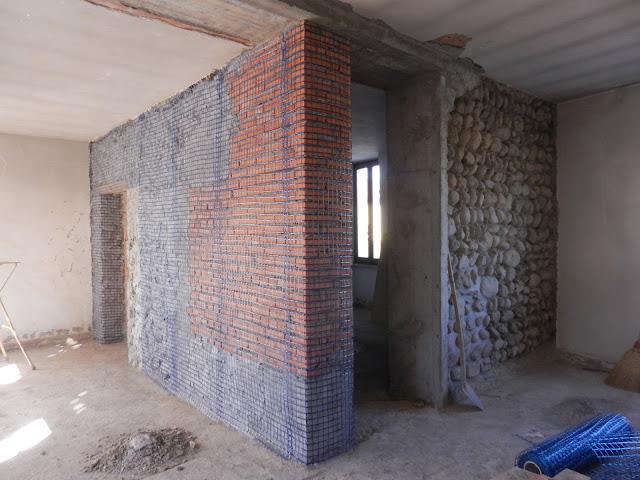 rifacimento delle murature con intonaco strutturale