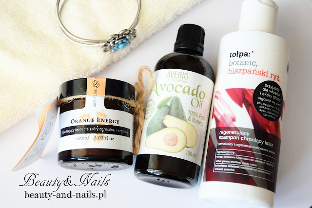Kosmetyki naturalne MIA - szampon Tołpa, krem Make Me Bio, olej Avocado.