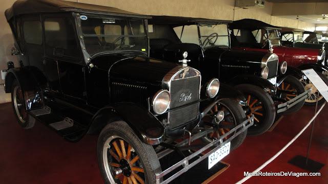 Veículos antigos na Bodega Bouza - Montevidéu, Uruguai