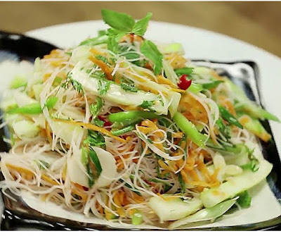 how to make thai salad at home