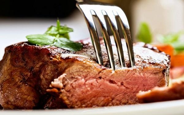 Dicas valiosas para deixar a carne mais macia (Imagem: Reprodução/Internet)