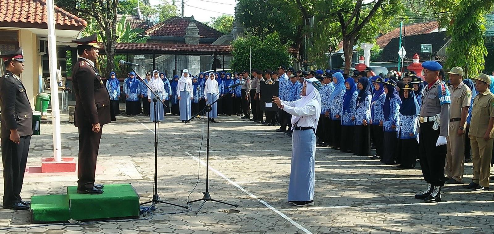 Upacara Peringatan Hari Pahlawan Tingkat Kecamatan Kretek