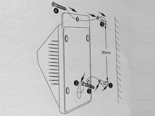 安くてお勧め。そこそこ明るい。玄関先に設置できるソーラーパネル付き防水LEDライトAglaia 8LED LT-O1
