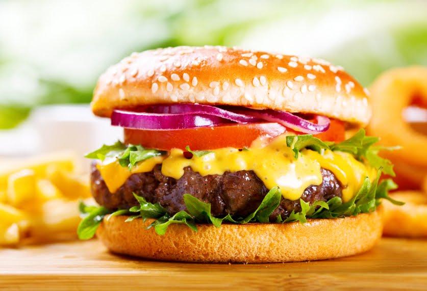 Hamburger Day: curiosità e fatti sul panino più famoso di tutti i tempi