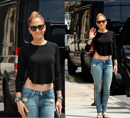 Jennifer Lopez Muestra Abdominales