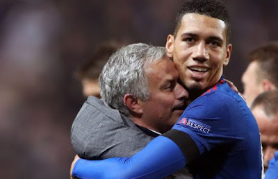 Mourinho hugs Smalling