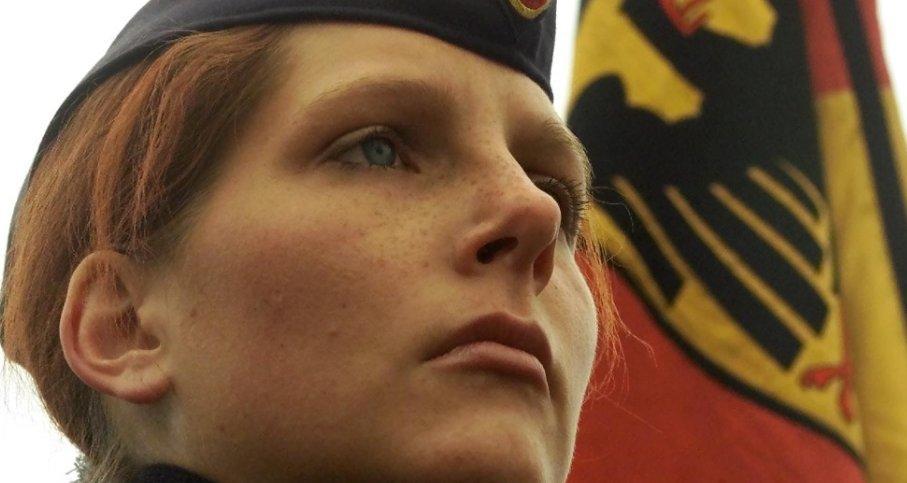 As Mais Belas Mulheres Militares do Mundo