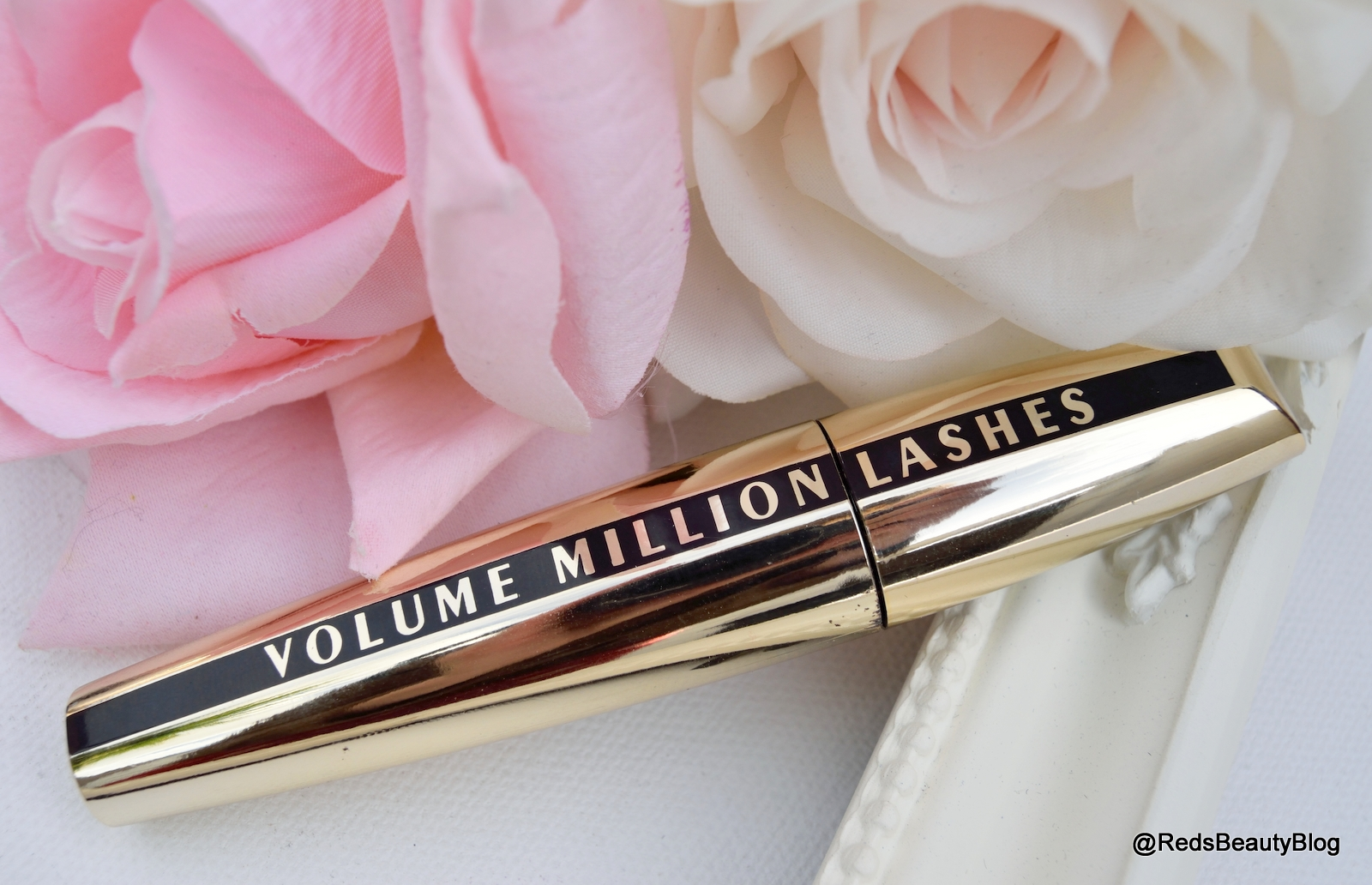 A picture of L'Oreal Volume Million Lashes Mascara