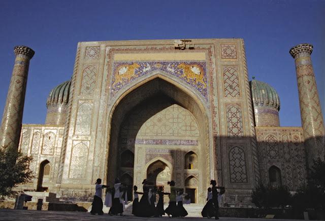 Ouzbékistan, Samarcande, Registan, Cher-Dor, © Louis Gigout, 1999