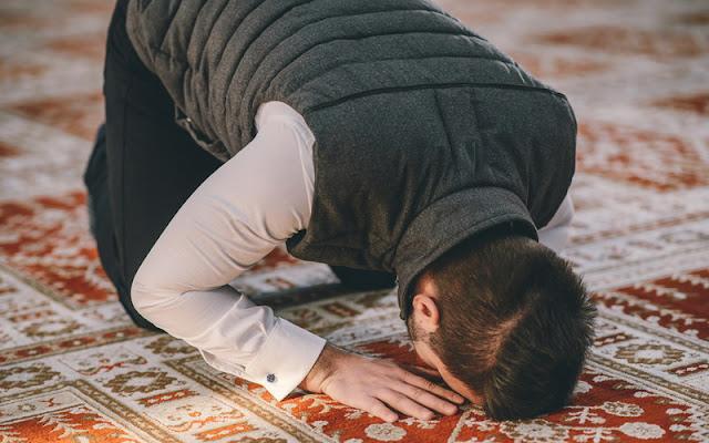 Doa Sholat Taubat Nasuha Sesuai Sunnah Nabi Muhammad, Lengkap dengan Artinya