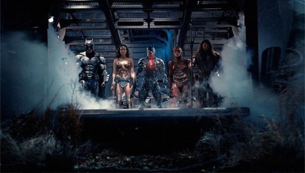 """VEM VER: A """"Liga da Justiça"""" aparece reunida em nova imagem do filme!"""