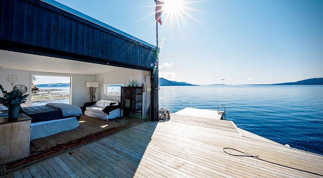 Bonita casa a la orilla del lago