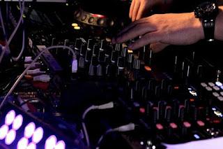 Keterlaluan Suara Azan Dibuat Remix Dugem, Kelab Malam di Tunisia Ditutup