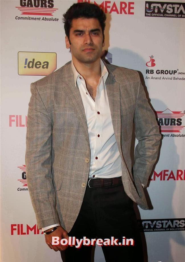 Nikitin Dheer, Bollywood Actors at 59th Filmfare Pre Awards Party