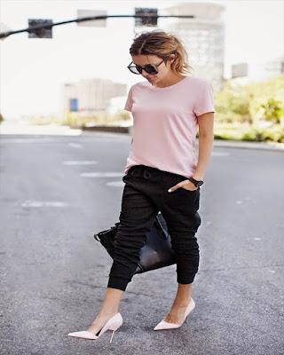 outfits para el trabajo casual moderno con pants deportivos