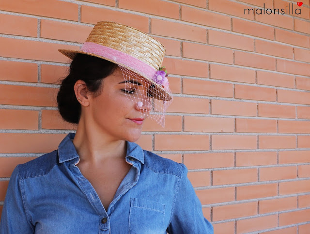 Perfil del sombrero Spagna, ideal para una invitada de boda