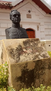 The bust of James Rooke in Parque Jaime Rook, Paipa, Boyacá, Colombia.