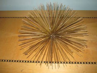 Large Mid Mod atomic spiky metal gold wall decor anemone 50's Jeres era