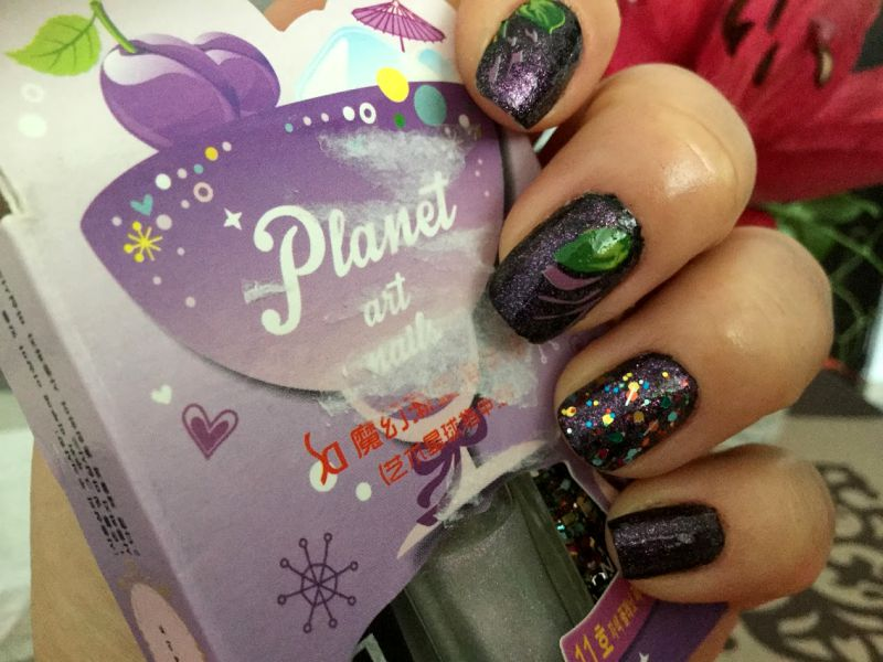 plums nail art