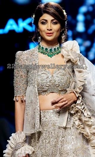 Shilpa Shetty Large Emerald Choker
