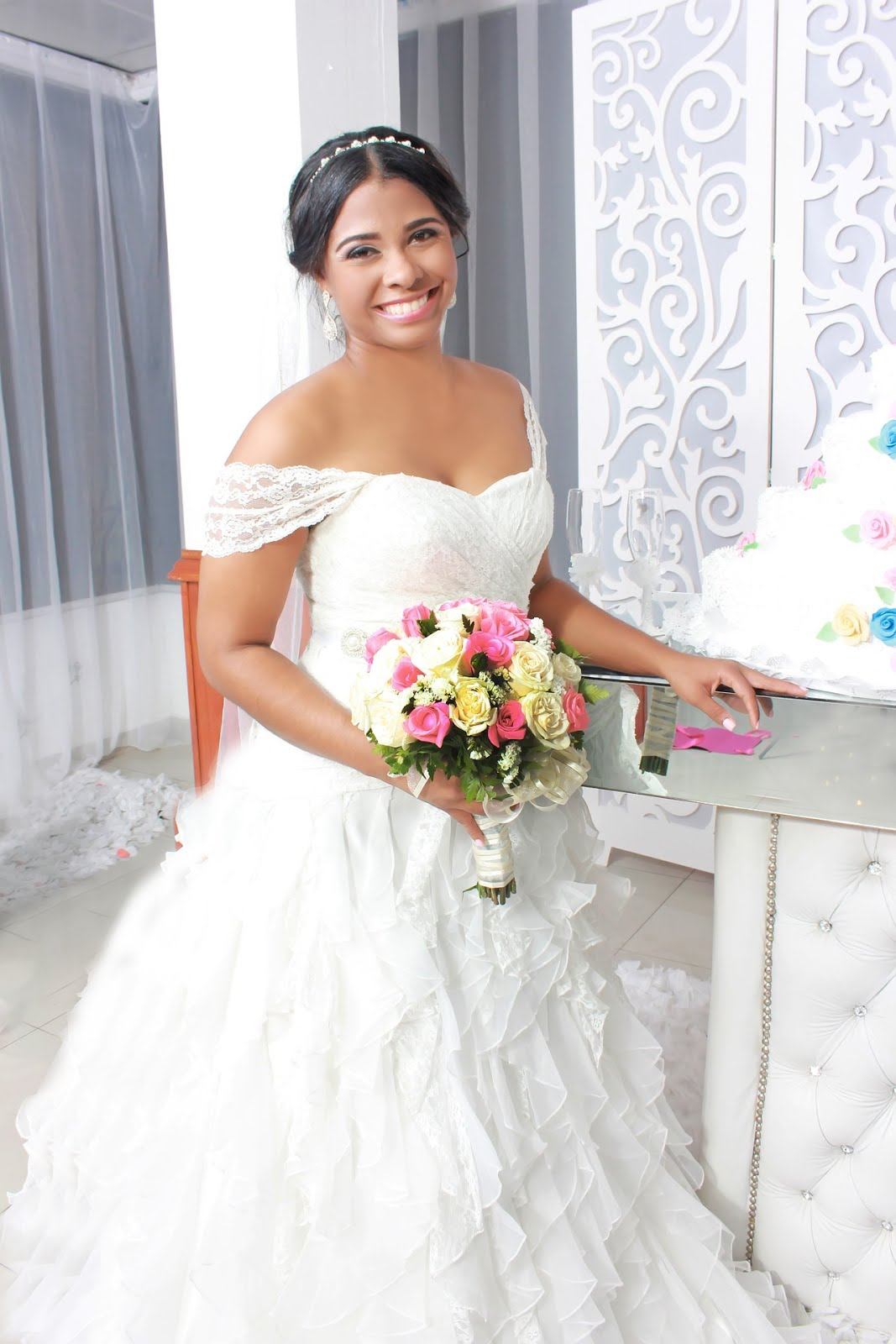 e4c4039d32d0a Know your bride: You are a bridesmaid, of course you have a relationship  with the bride. (I believe so.) It is very crucial that you know and  understand the ...