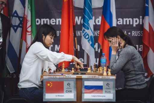 Victoire en 59 coups dans la 2ème partie entre la Russe Kateryna Lagno et la Chinoise Ju Wenjun sur une partie Catalane - Photo © site officiel